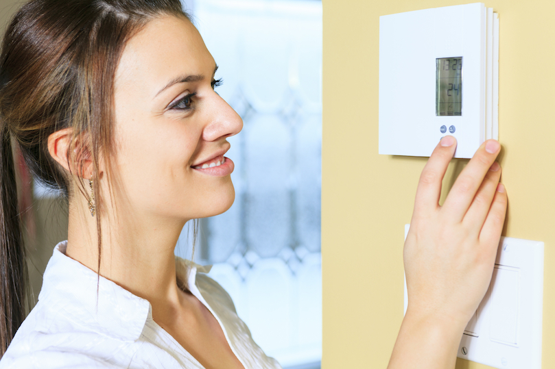 Saving-energy-by-changing-temperature